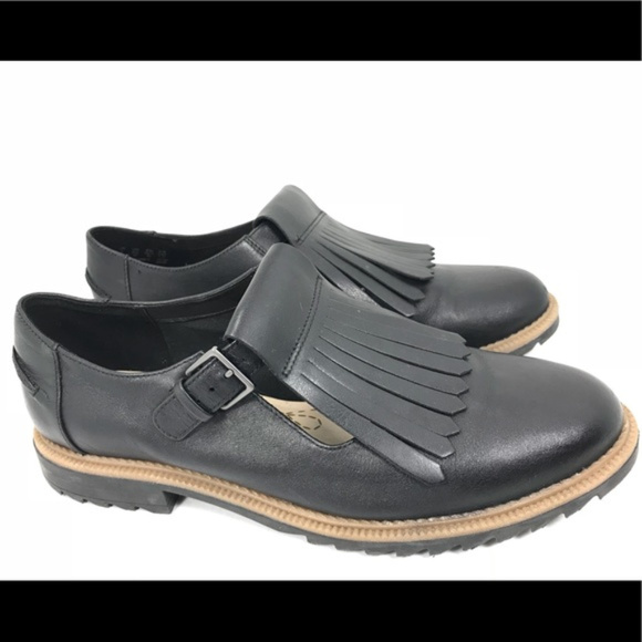 Clarks  Griffin Mia Leather Shoe